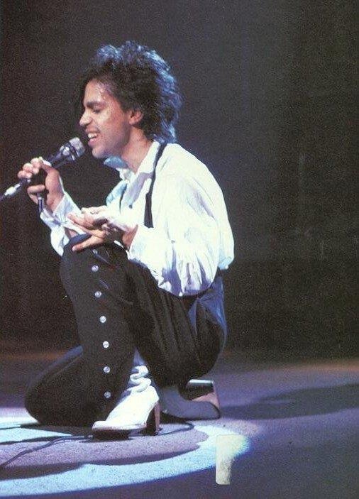 controversy-tour